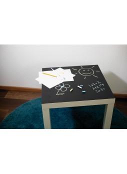 Lipni plėvelė (juoda) skirta rašymui su kreida 90cm x 1,5m + 3vnt. įvairiaspalvių kreidelių (213-5004)